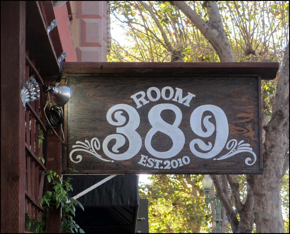 Room3892